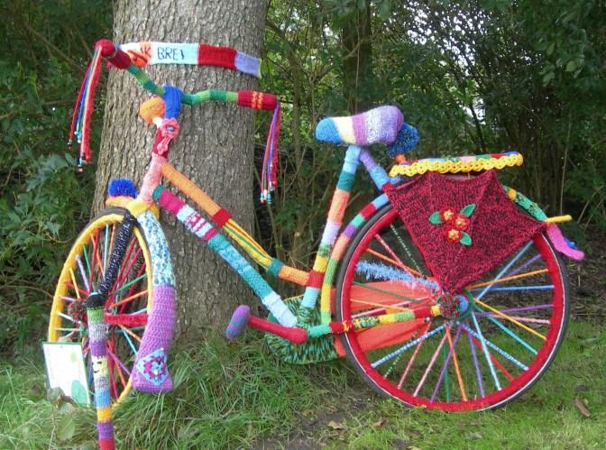 ועדת הכלכלה הגבילה את גיל השימוש באופניים חשמליים